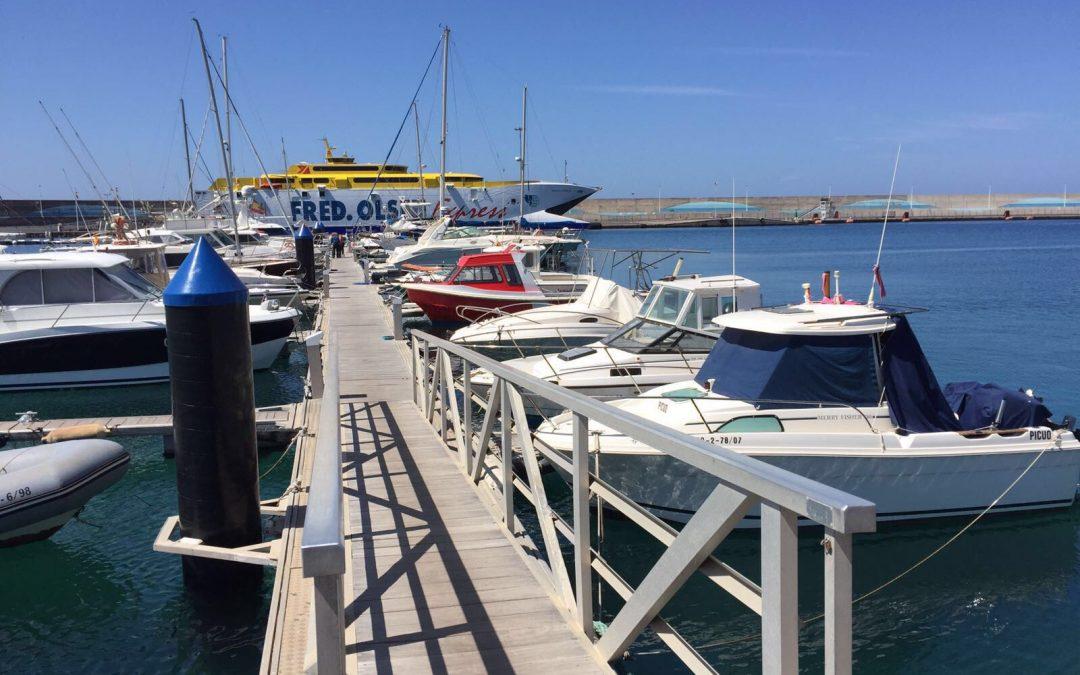 Puertos Canarios coordina con las navieras la descongestión de los recintos portuarios causada por la afluencia de pasajeros
