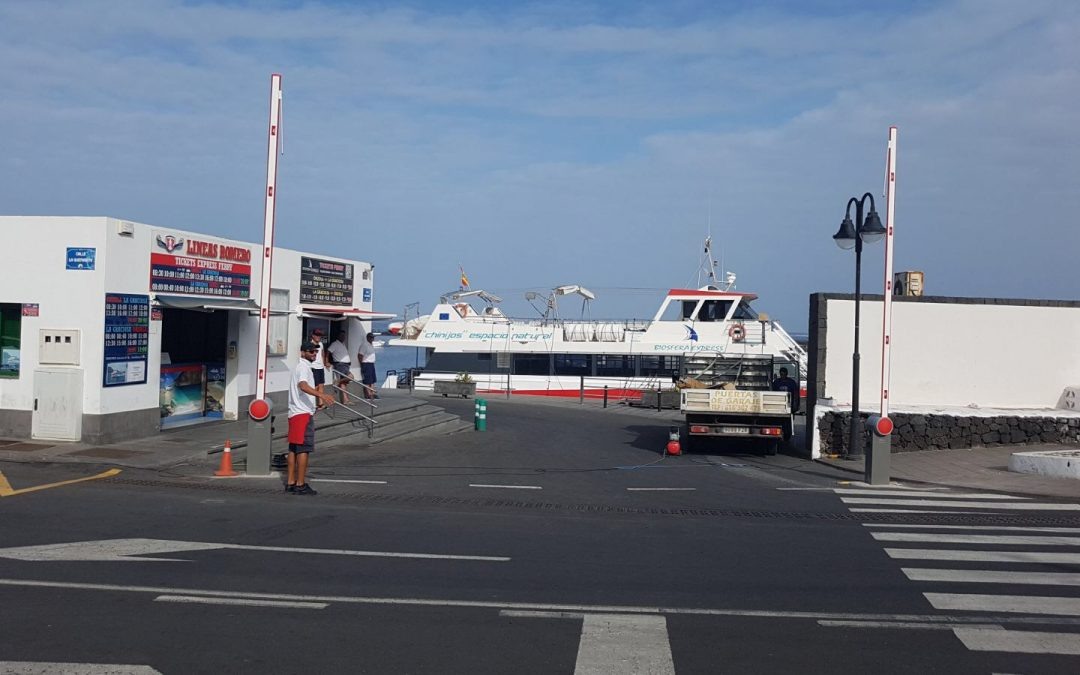 Puertos Canarios concluye los trabajos de instalación de nueva señalética en el puerto de Órzola