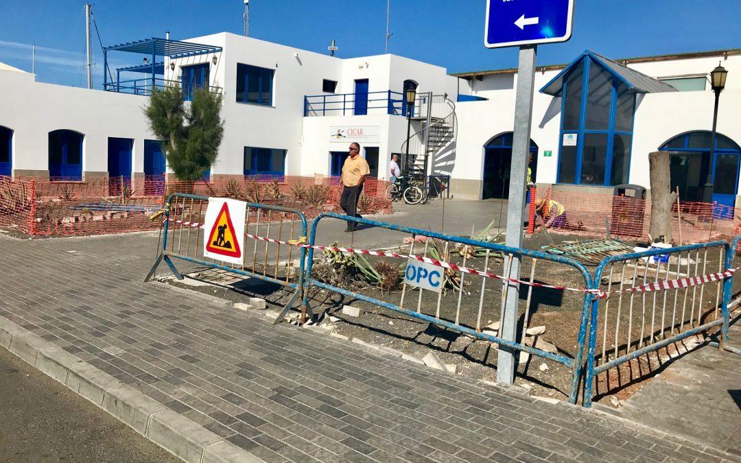 Puertos Canarios acondiciona la explanada exterior de la estación marítima del puerto de Corralejo