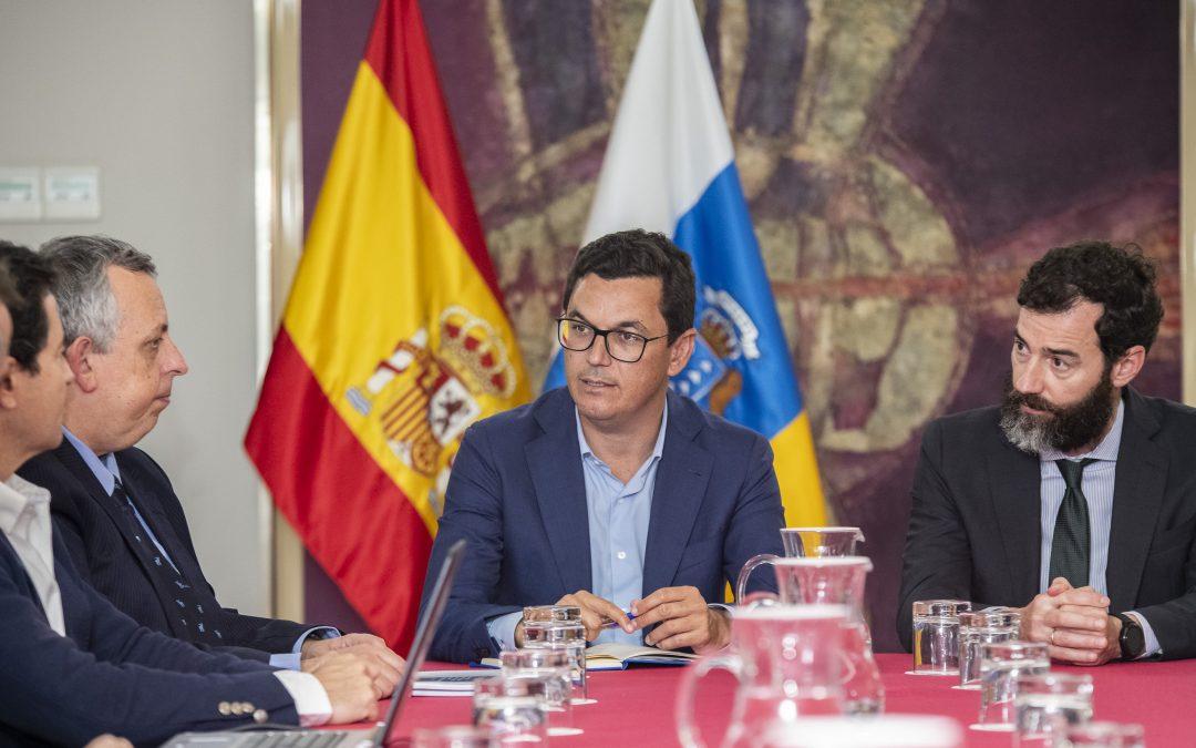 Canarias impulsa el autorizar las Naves de Vuelo Rasante