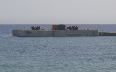 Culmina el dique de bloques de hormigón de Playa Blanca