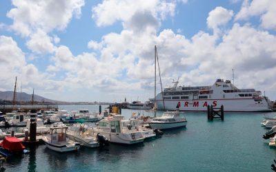 Las navieras del puerto de Playa Blanca operarán en breve en la zona de ampliación del muelle